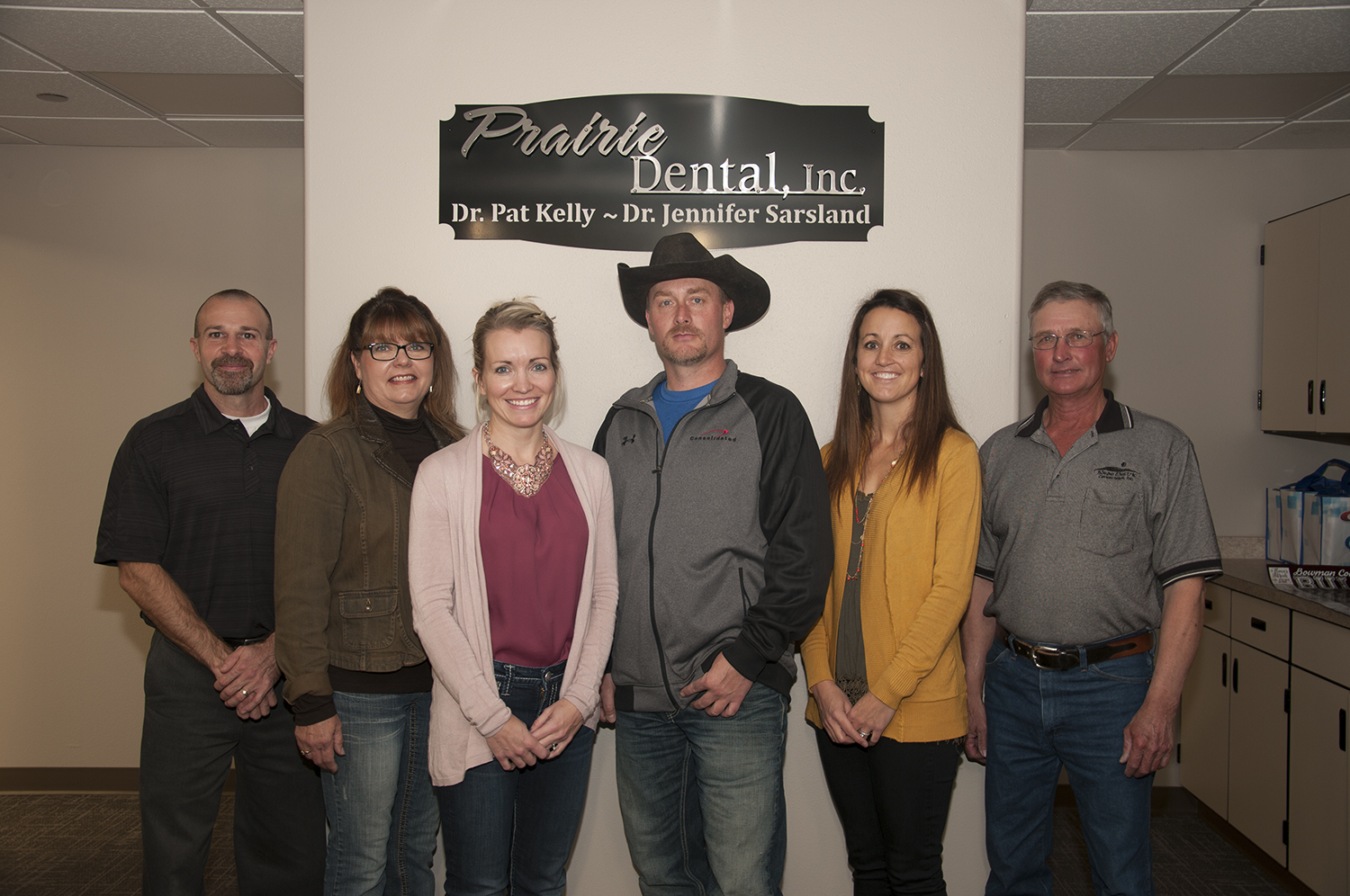 Rural electric and telephone cooperatives make RDFC programs possible. Pictured from L to R: Duane Bowman, Dakota Western Bank; Paula Anderson, RDFC; Teran Doerr, Bowman County Development Corporation; Scott Bachmeier, Consolidated Telecom; Dr. Jennifer Sarsland, Prairie Dental; Lauren Klewin, Slope Electric Cooperative.